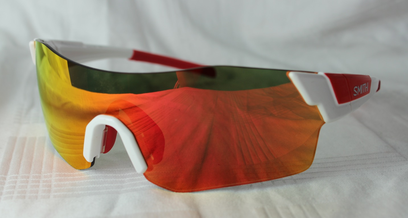 50a6f4fc2c Absolutely brand new and 100% original Smith Optics SUNGLASSES. The glasses  can be checked whenever any authorized store on authenticity.